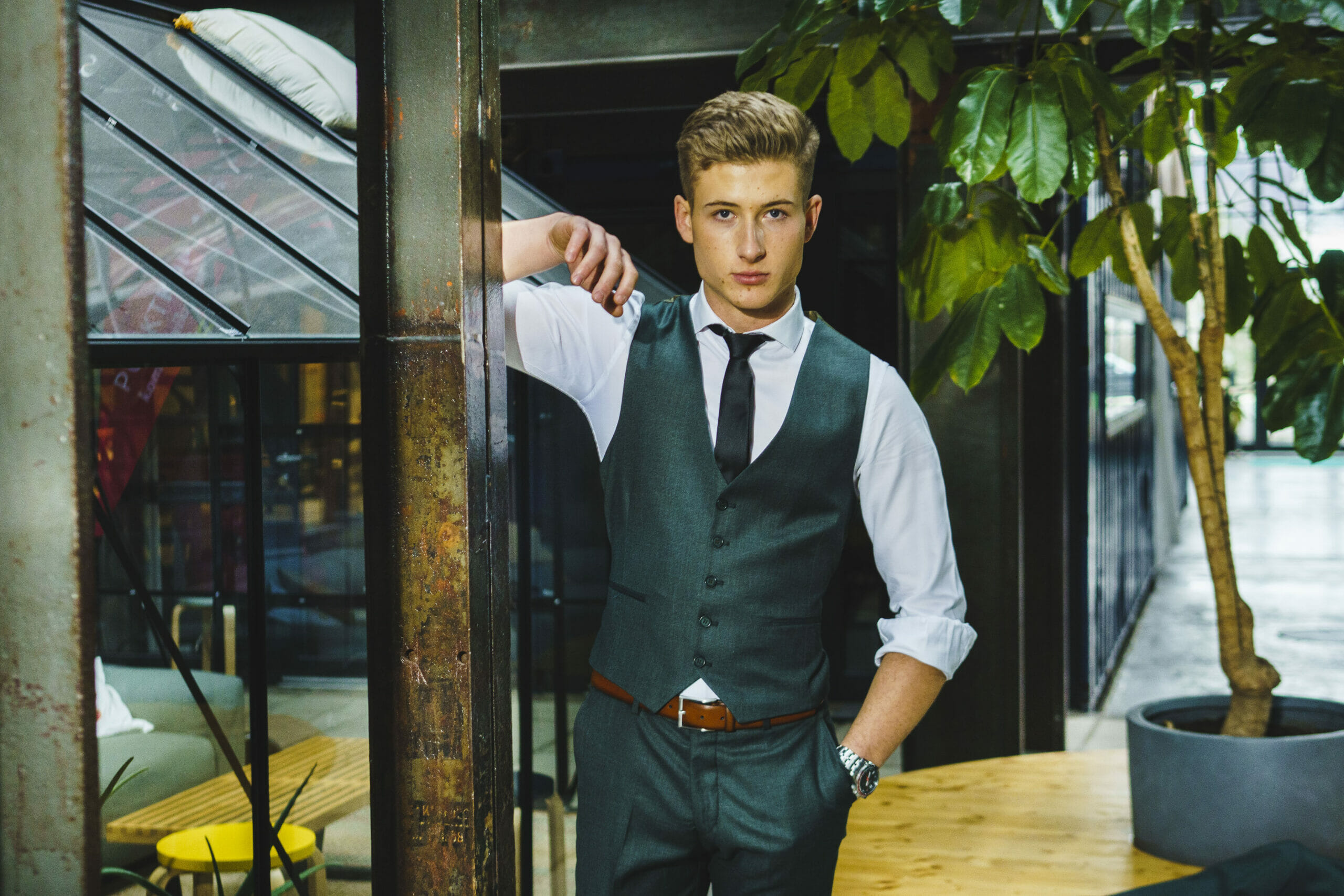 Suit Fashion & Business Shooting