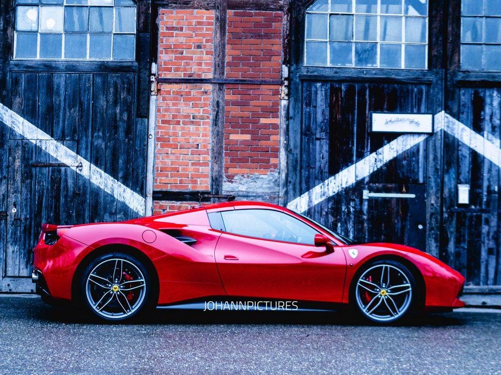 Ferrari GTS 588 werbefotografie